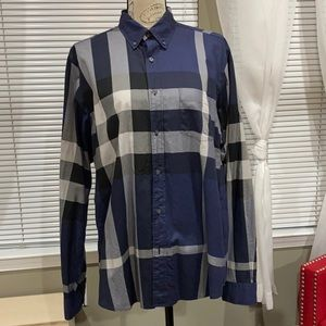Burberry men button down shirt